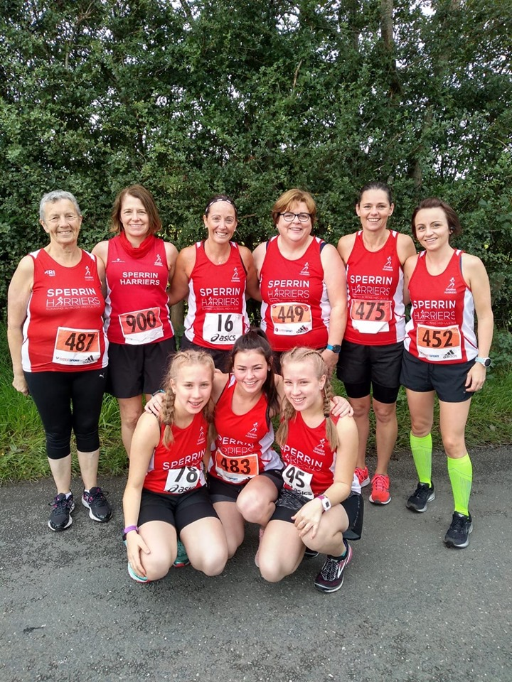 Harrier ladies at the Diva Dash